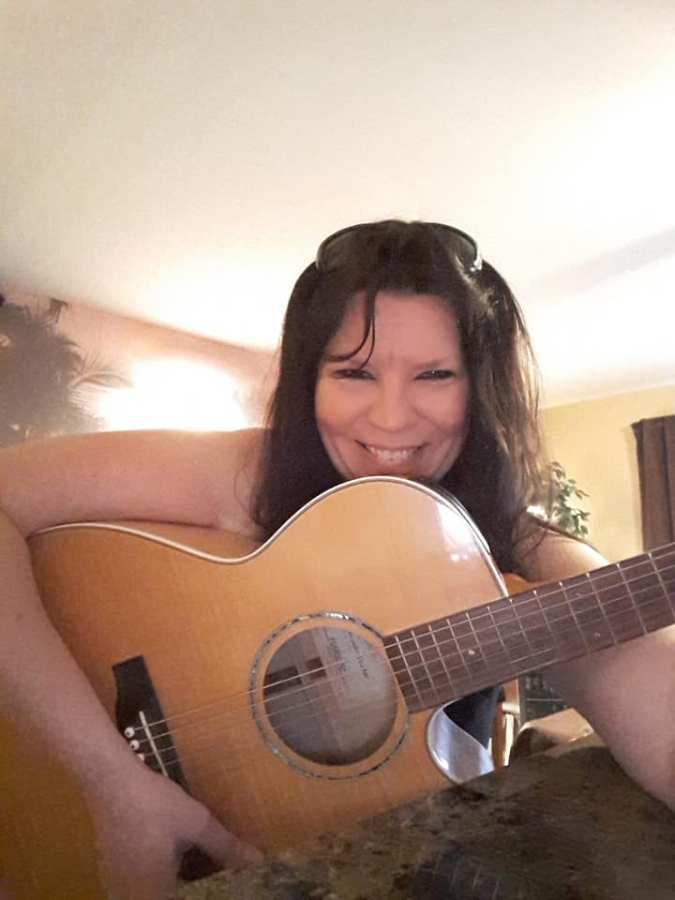 Meet Author MichelleMarra